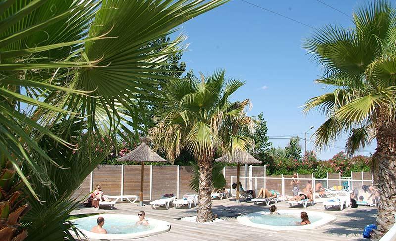 camping-clos-virgile-herault-piscines.jpg