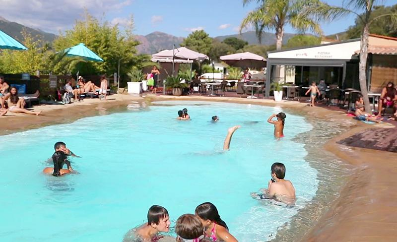 camping-colomba-equipements-piscine