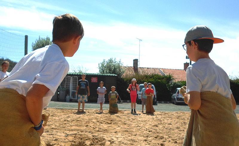 camping-cote-plage-loisirs-club-enfants