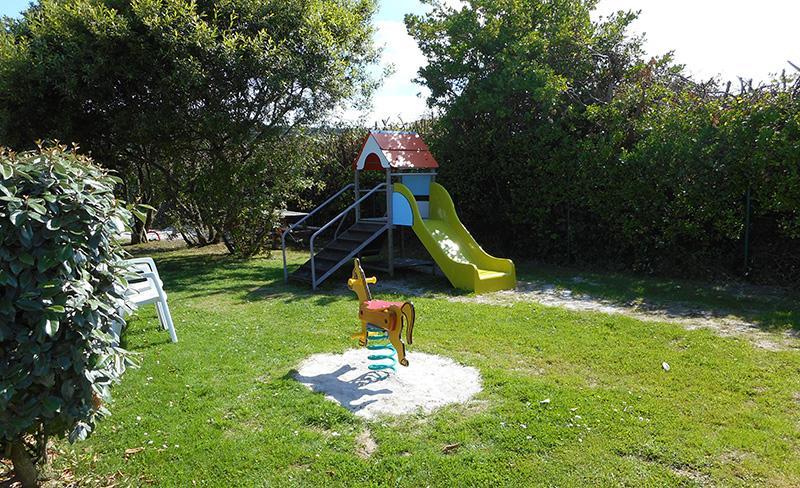camping-cotentin-aire-de-jeux