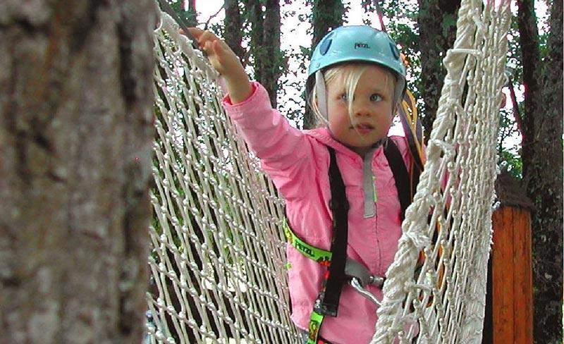 Camping Defiplanet parcours aventure enfants