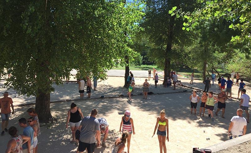 camping-domaine-de-gaujac-tournois-petanque