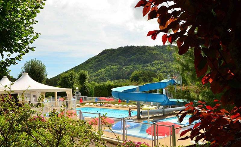camping-europe-murol-parc-aquatique-toboggan