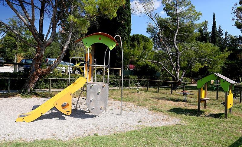 camping-fontisson-jeux-enfants