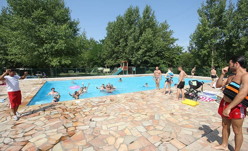 camping-harrobia-piscine