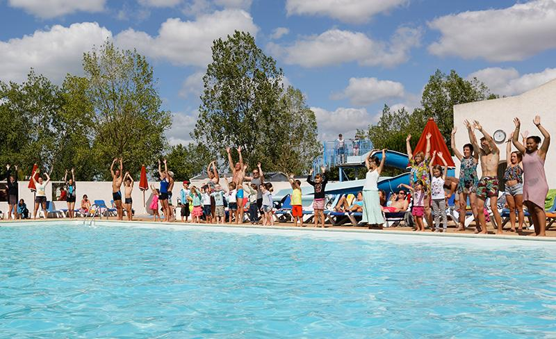 camping-jard-tranche-sur-mer-vendee-animations-piscine