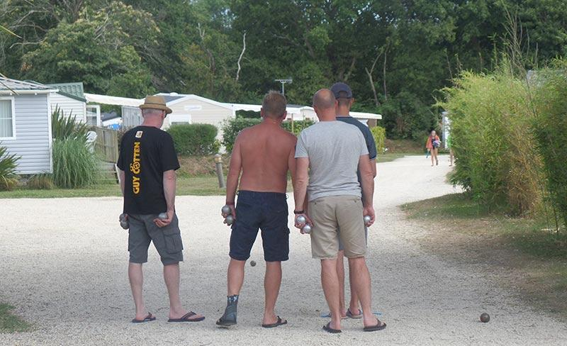 camping-kersentic-fouesnant-loisirs-petanque
