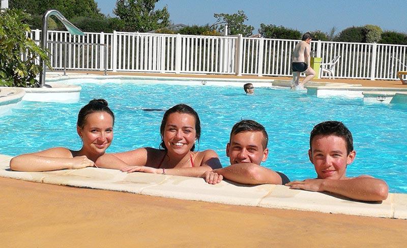 camping-kersentic-fouesnant-piscine-baignade