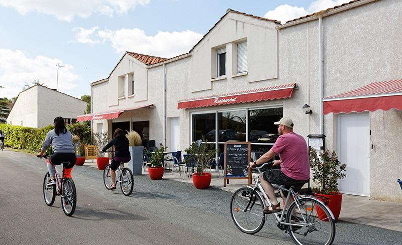 camping-le-jard-services-restaurant