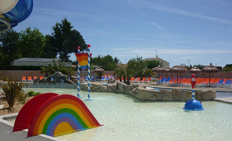 camping-le-trianon-vendee-pataugeoire-exterieure