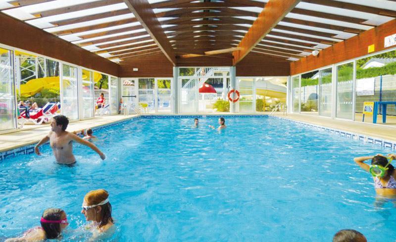 camping-lou-pignada-messanges-piscine-couverte