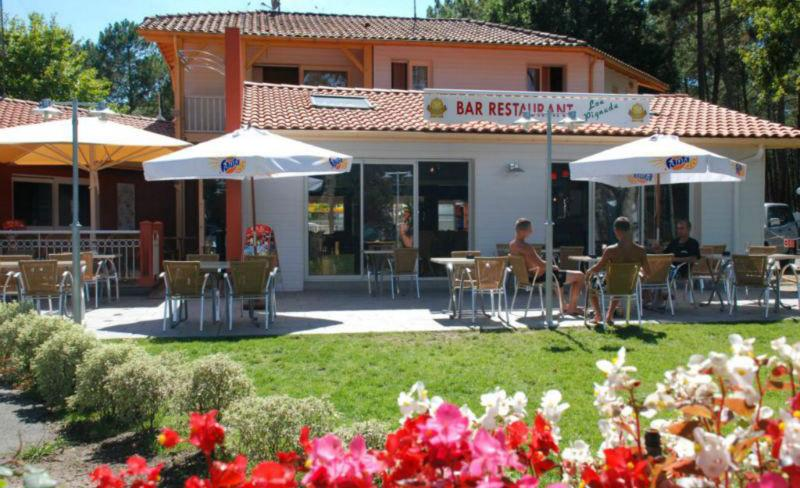 camping-lou-pignada-messanges-services-bar