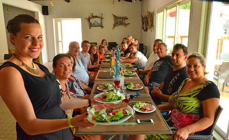 camping-maiana-la-grande-motte-services-restaurant