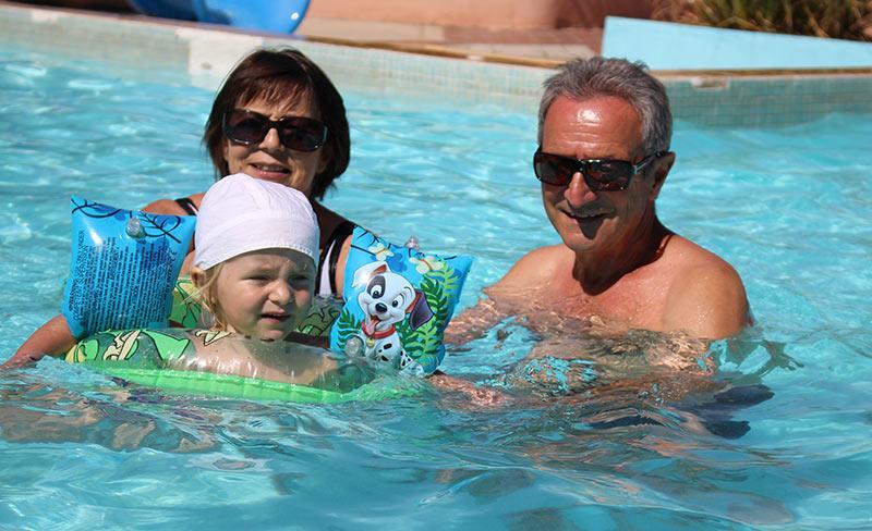 camping-mas-lavandes-valras-piscine