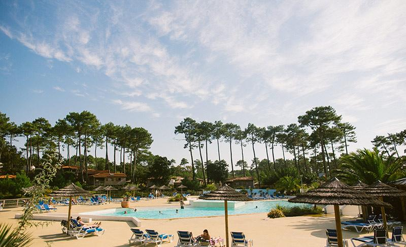 camping-natureos-vue-piscine