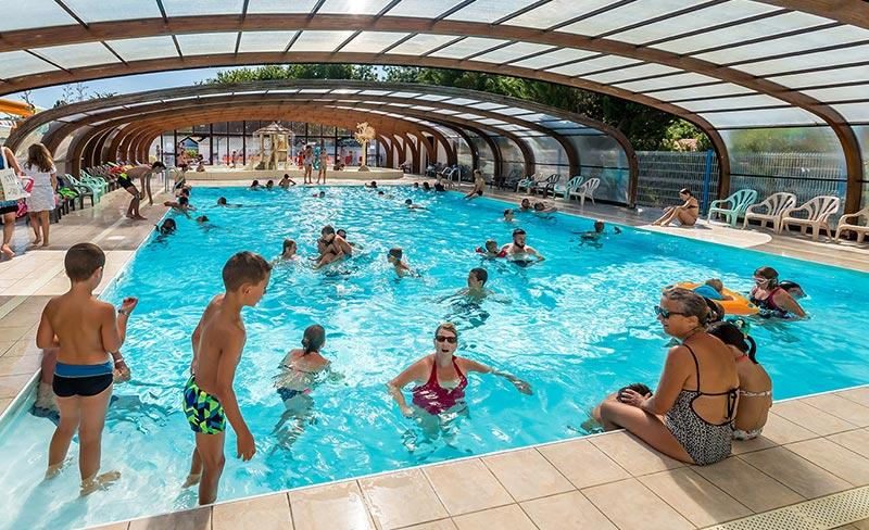 camping-oleron-loisirs-piscine-couverte-2019