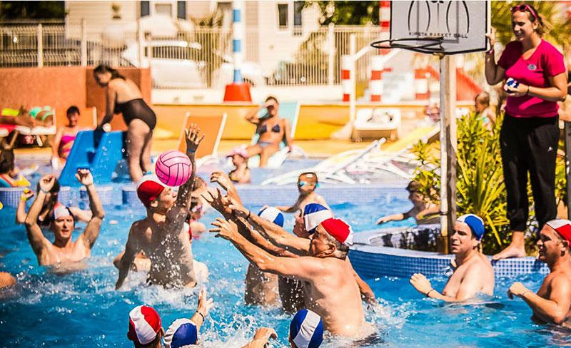 camping-pearl-argeles-animations-piscines