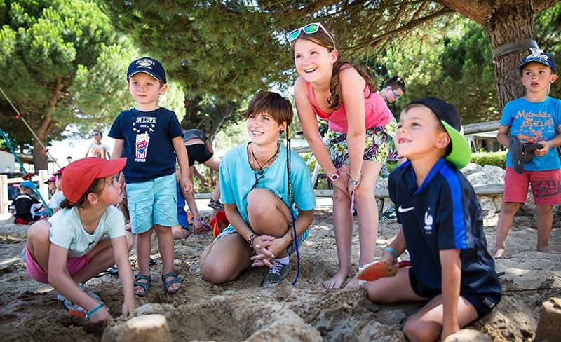 camping-peupliers-ile-de-re-club-enfants