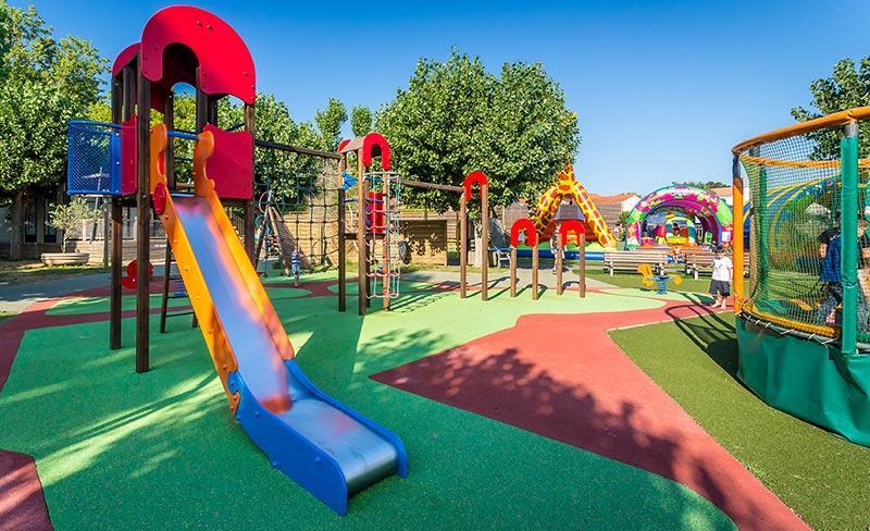 camping-pirons-chateau-olonne-vendee-loisirs-aires-de-jeux-enfants-2019.jpg