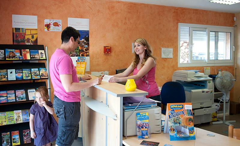 camping-presquile-services-accueil