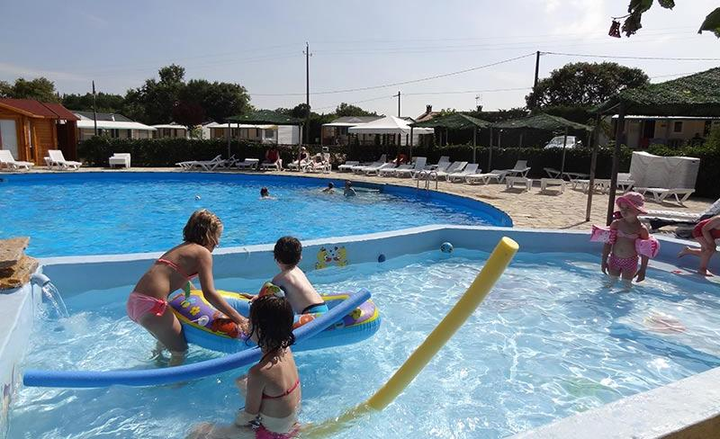 camping-quercy-vacances-pataugeoire