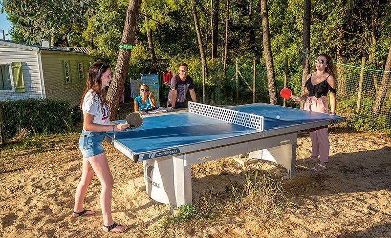 camping-riez-a-la-vie-loisirs-ping-pong-2019