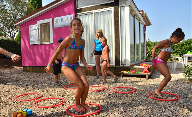 camping-sainte-veziane-mini-club-2017