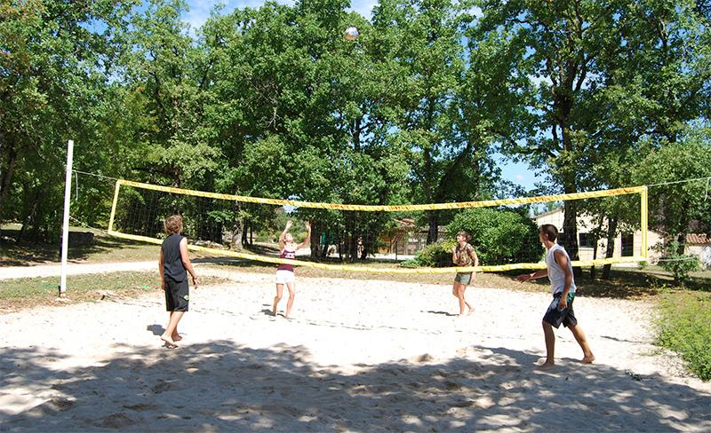 camping-segalieres-volley-ball
