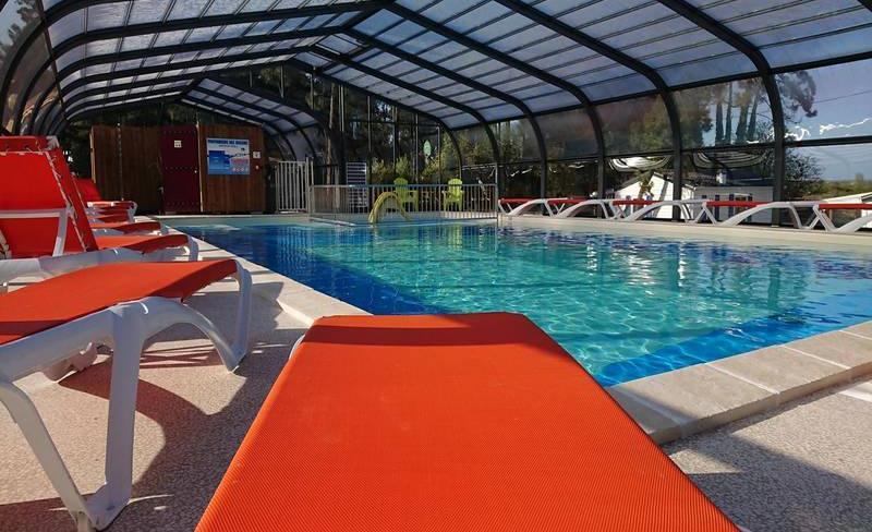 camping-siesta-piscine-couverte (2).jpg