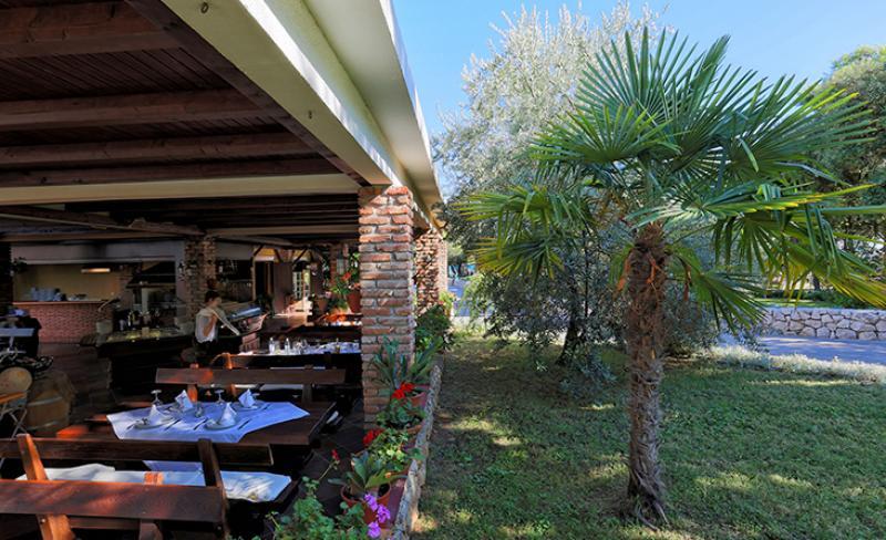 camping-solaris-restaurant-4.jpg
