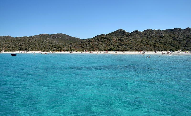 camping-u-pezzo-baignade-plage-agriates-copyright-ATC-sylvain-alessandri