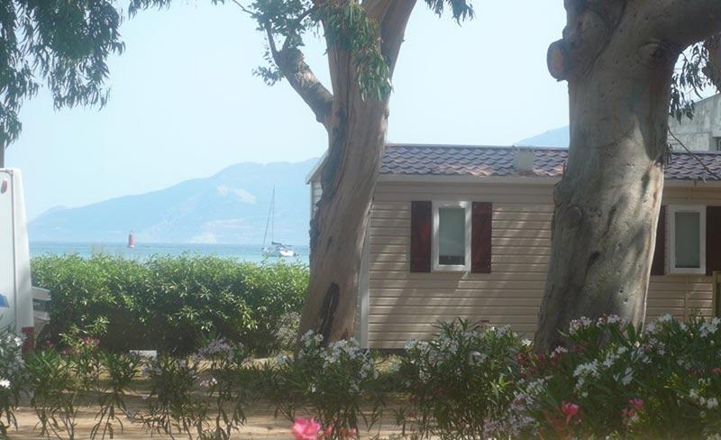 camping-u-pezzo-mobil-home-vue-sur-mer