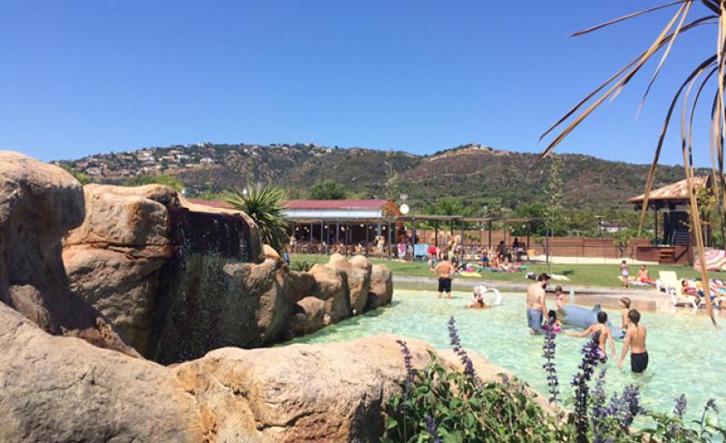 camping-valldaro-piscine18.jpg