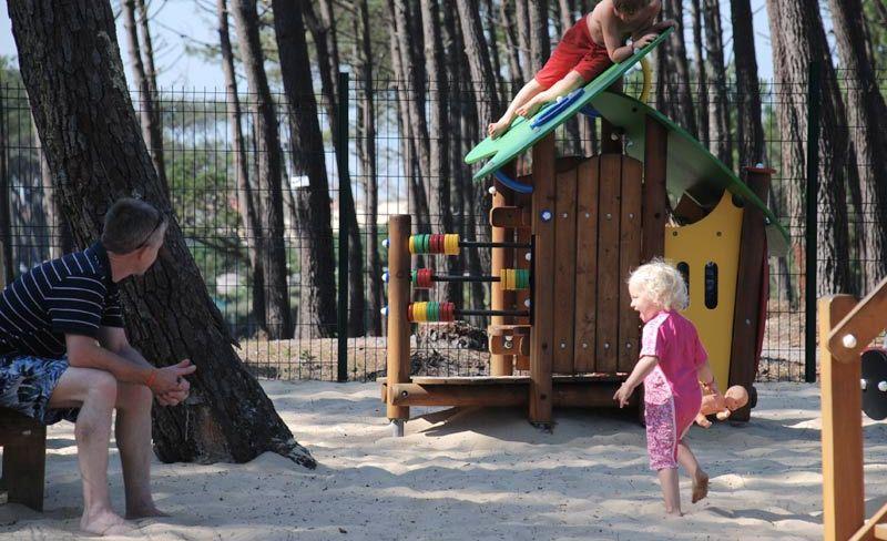 camping-vieux-port-messanges-landes-jeux-enfants