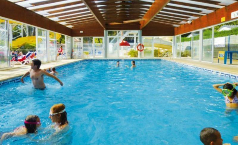 piscine-couverte-chauffee.jpg
