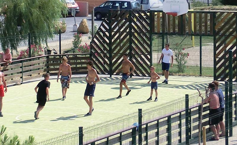 soleil-mediterranee-tournois-de-foot