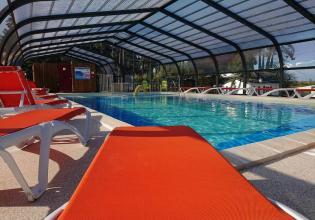 02-siesta-piscine-couverte