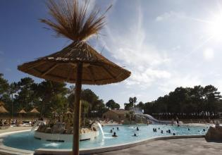 camping-atlantic-club-montalivet-vue-parc-aquatique