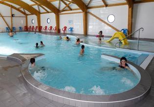 camping-atlantique-vendee-piscine-couverte-et-jacuzzi-2019