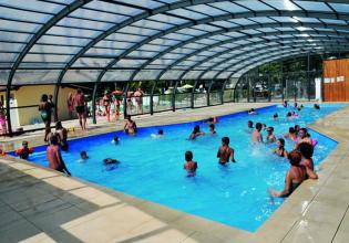camping-fontaine-vieille-piscine-couverte